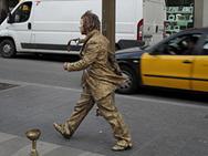 Rushing Statua