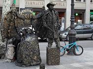 Sind es Statuen oder Menschen?