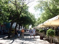 In Barcelonas Vieterl Eixample Esquerra shoppen